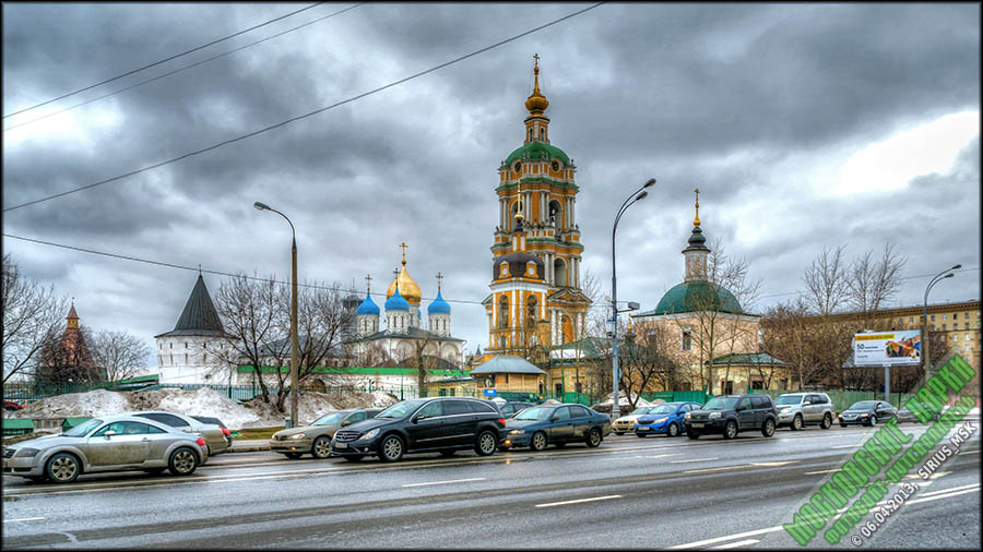 и Новоспасский монастырь.